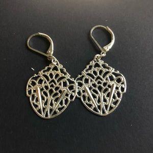 Womens Jewelry Avon  Filigree Earrings